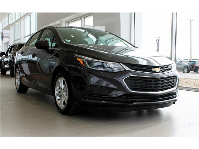 2017 Chevrolet Cruze LT Auto (Stk: 68637A) in Saskatoon - Image 1 of 6