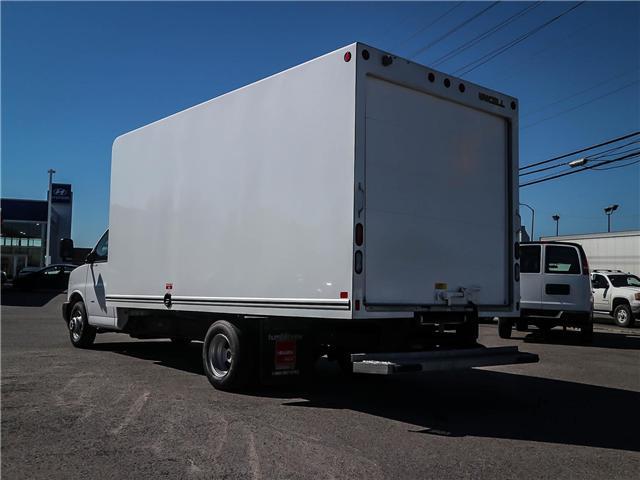 2018 GMC Savana Cutaway Work Van (Stk: 53107) in Ottawa - Image 7 of 18