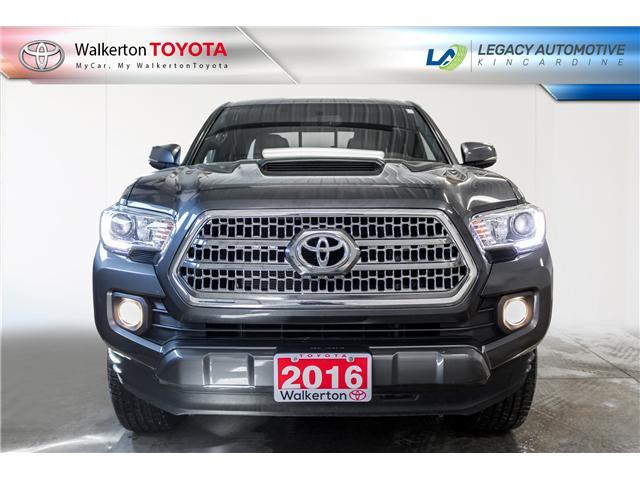 2016 Toyota Tacoma SR5 (Stk: P9070) in Walkerton - Image 2 of 14