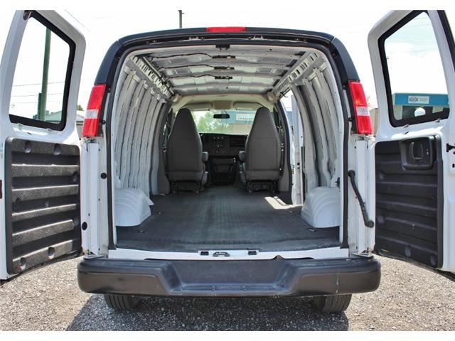 2019 Chevrolet Express 2500 Work Van (Stk: D0091) in Leamington - Image 8 of 23
