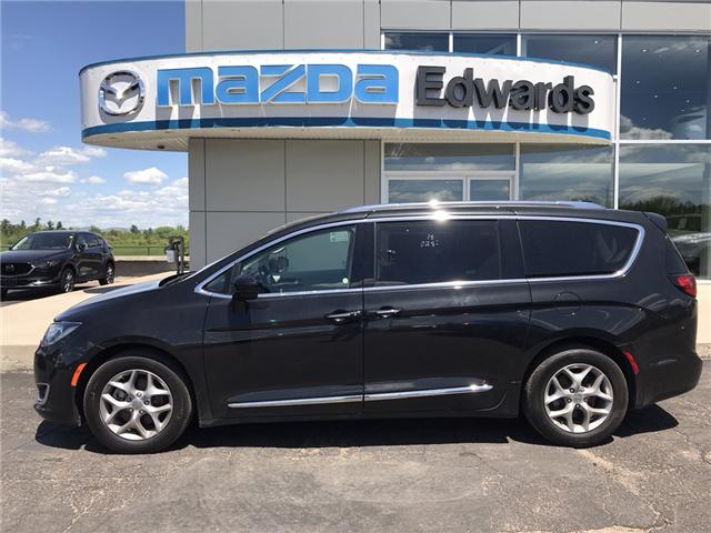 2018 Chrysler Pacifica Touring-L Plus (Stk: 21835) in Pembroke - Image 1 of 7