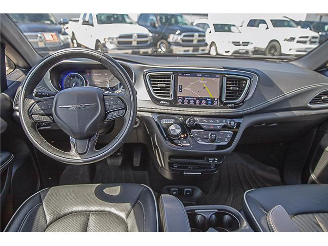 2019 Chrysler Pacifica Limited (Stk: EE909040) in Surrey - Image 12 of 26