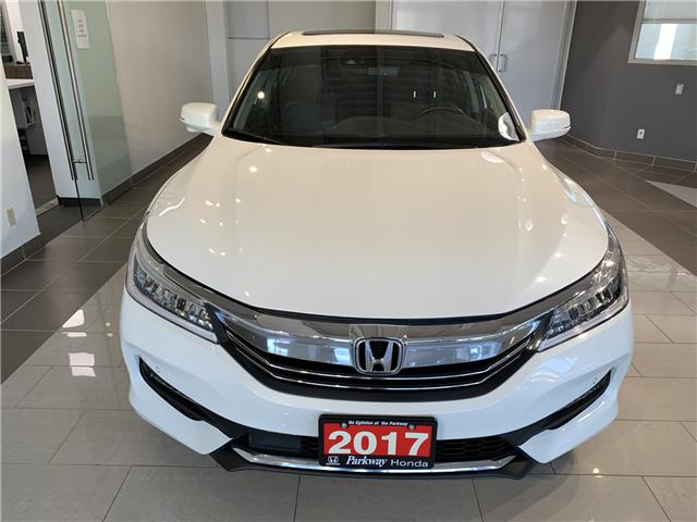 2017 Honda Accord Touring (Stk: 928091A) in North York - Image 2 of 17