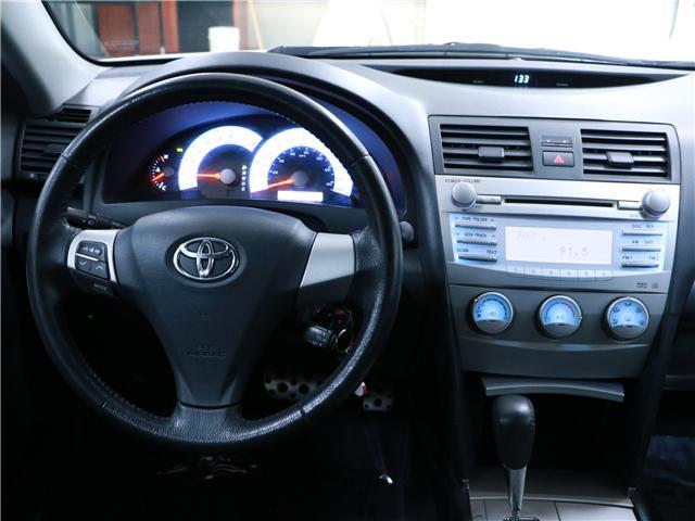 2010 Toyota Camry SE (Stk: 195387) in Kitchener - Image 7 of 27