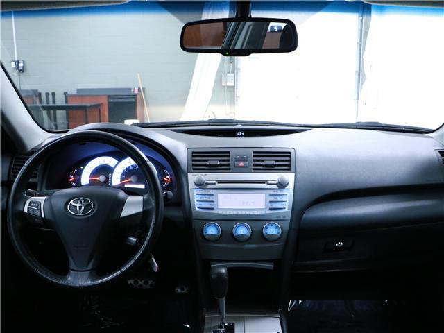 2010 Toyota Camry SE (Stk: 195387) in Kitchener - Image 6 of 27