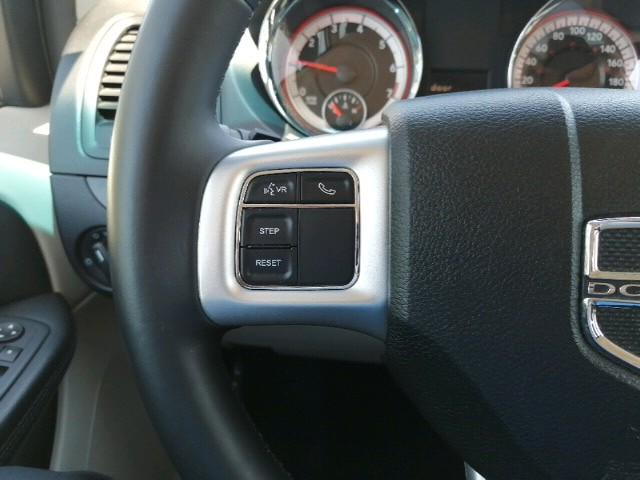 2016 Dodge Grand Caravan SE/SXT (Stk: 03232P) in Owen Sound - Image 11 of 24