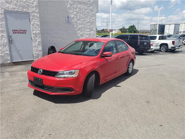 2014 Volkswagen Jetta 2.0L Trendline+ (Stk: 310417) in Burlington - Image 2 of 8