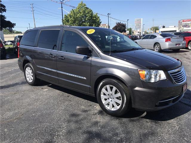 2016 Chrysler Town & Country Touring (Stk: 19276A) in Windsor - Image 1 of 12