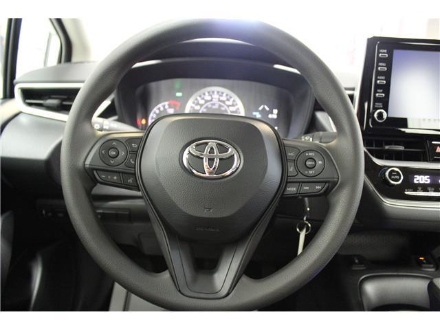 2020 Toyota Corolla LE (Stk: P016910) in Winnipeg - Image 11 of 26