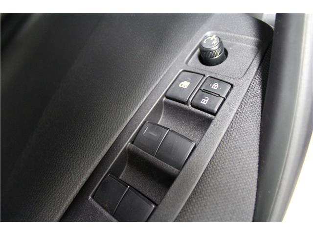 2020 Toyota Corolla LE (Stk: P015160) in Winnipeg - Image 8 of 26