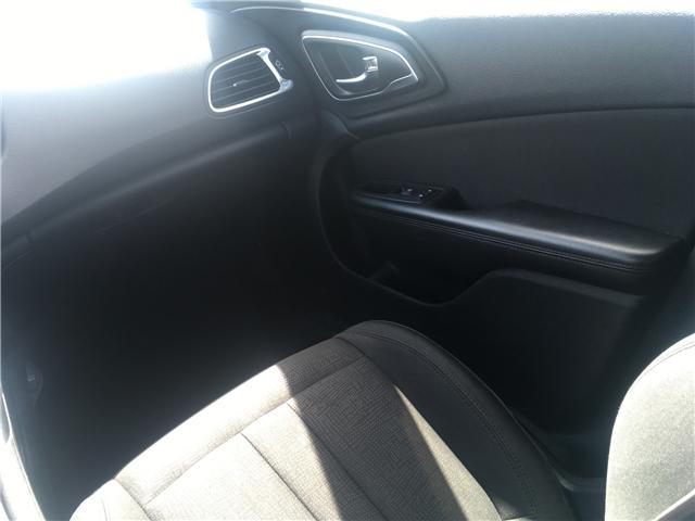 2015 Chrysler 200 LX (Stk: 15-31012) in Georgetown - Image 18 of 21