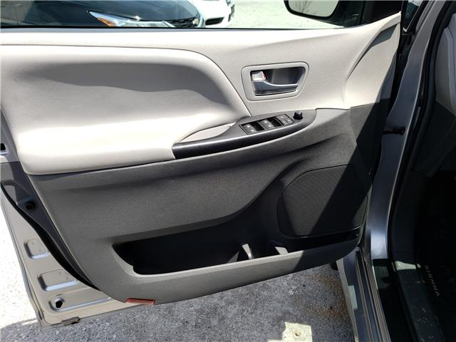 2019 Toyota Sienna LE 8-Passenger (Stk: N13398) in Newmarket - Image 9 of 29