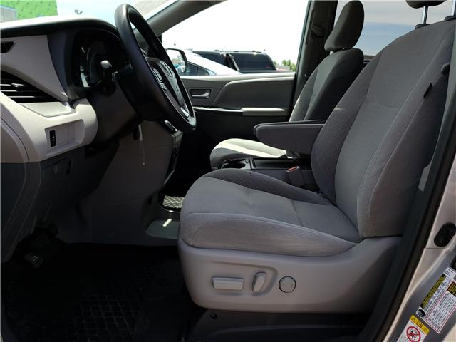 2019 Toyota Sienna LE 8-Passenger (Stk: N13398) in Newmarket - Image 12 of 29