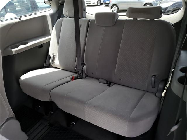 2019 Toyota Sienna LE 8-Passenger (Stk: N13398) in Newmarket - Image 16 of 29