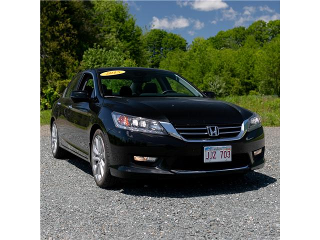 2015 Honda Accord Touring (Stk: U5239A) in Woodstock - Image 2 of 11