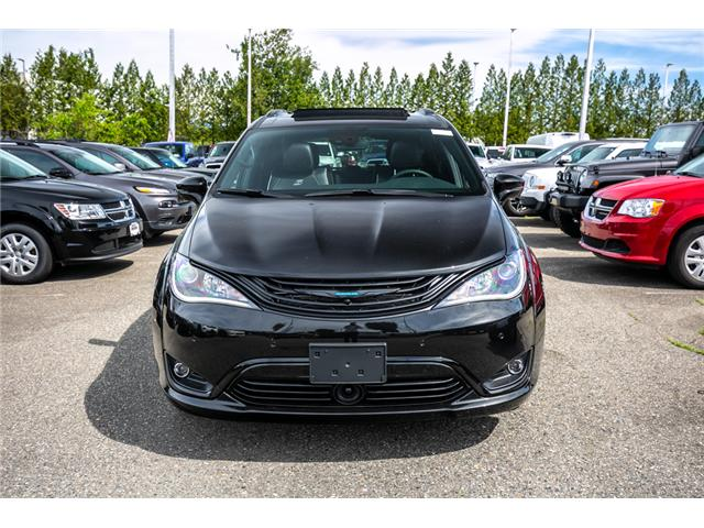 2019 Chrysler Pacifica Hybrid Limited (Stk: K709141) in Abbotsford - Image 2 of 26