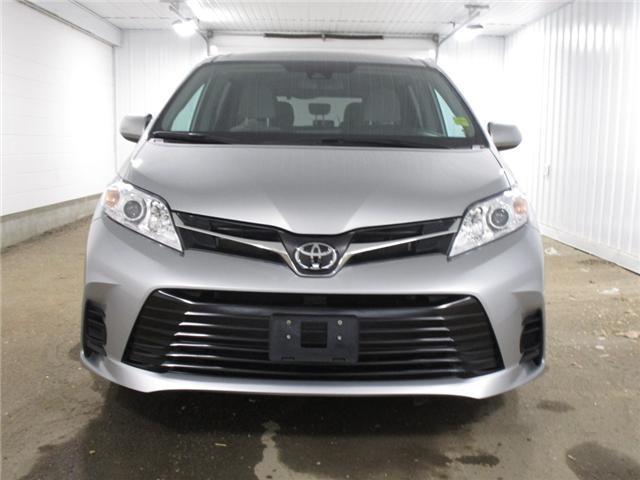 2019 Toyota Sienna 7-Passenger (Stk: F170625) in Regina - Image 2 of 37
