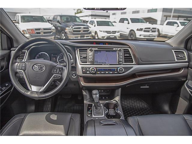 2017 Toyota Highlander XLE (Stk: EE909440) in Surrey - Image 13 of 26
