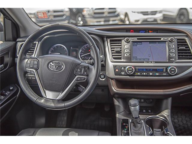 2017 Toyota Highlander XLE (Stk: EE909440) in Surrey - Image 14 of 26