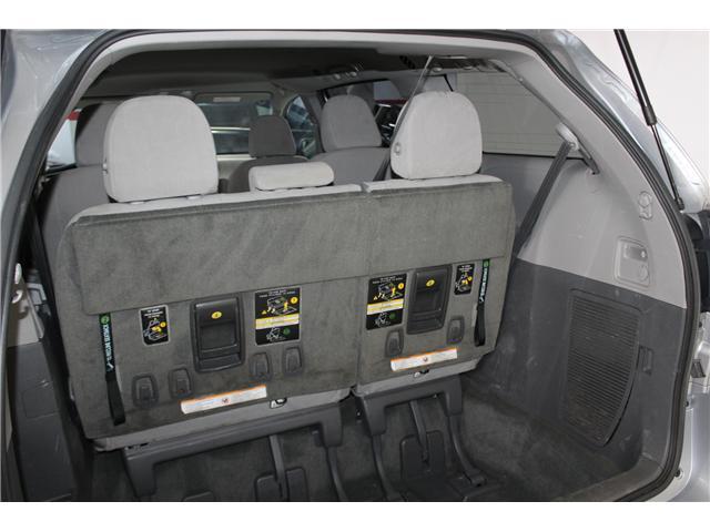 2017 Toyota Sienna 7 Passenger (Stk: 298377S) in Markham - Image 23 of 25