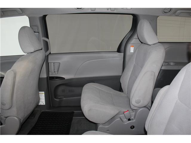 2017 Toyota Sienna 7 Passenger (Stk: 298377S) in Markham - Image 17 of 25