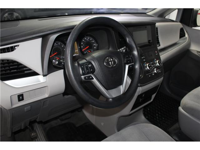2017 Toyota Sienna 7 Passenger (Stk: 298377S) in Markham - Image 8 of 25