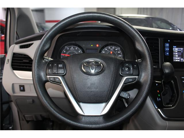 2017 Toyota Sienna 7 Passenger (Stk: 298377S) in Markham - Image 9 of 25