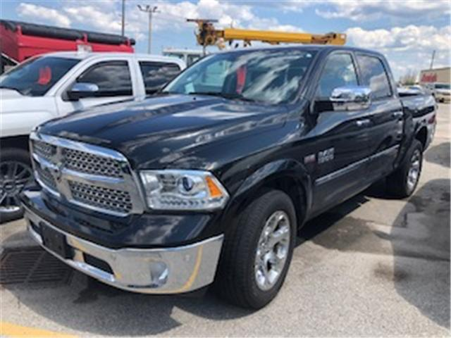 2017 RAM 1500 Laramie (Stk: 308426) in Burlington - Image 1 of 4