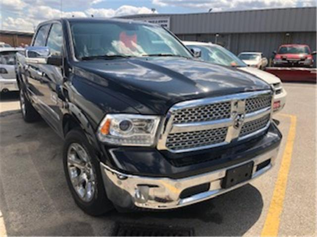 2017 RAM 1500 Laramie (Stk: 308426) in Burlington - Image 2 of 4