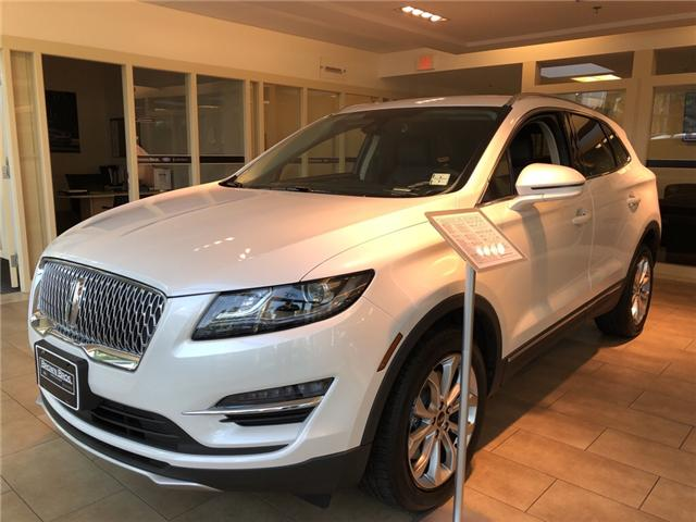 2019 Lincoln MKC Select (Stk: 196397) in Vancouver - Image 1 of 9
