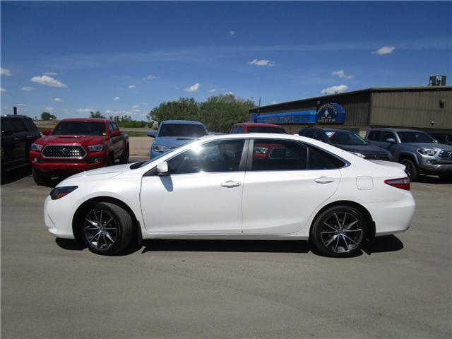 2015 Toyota Camry XSE V6 (Stk: 1880041) in Moose Jaw - Image 2 of 38
