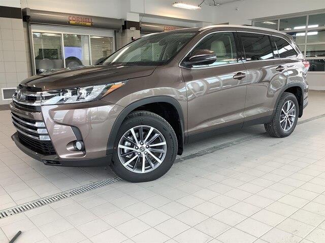 2019 Toyota Highlander XLE (Stk: 21094) in Kingston - Image 1 of 30