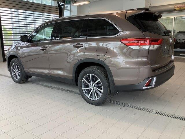 2019 Toyota Highlander XLE (Stk: 21094) in Kingston - Image 3 of 30