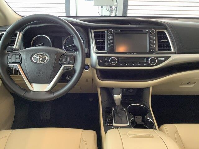 2019 Toyota Highlander XLE (Stk: 21094) in Kingston - Image 14 of 30