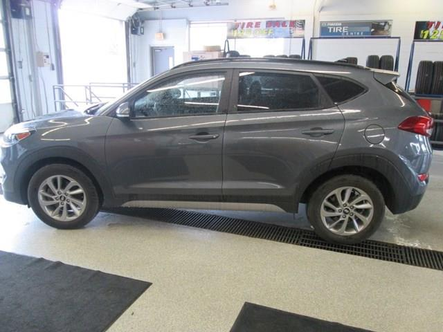 2018 Hyundai Tucson SE 2.0L (Stk: M2647) in Gloucester - Image 2 of 20