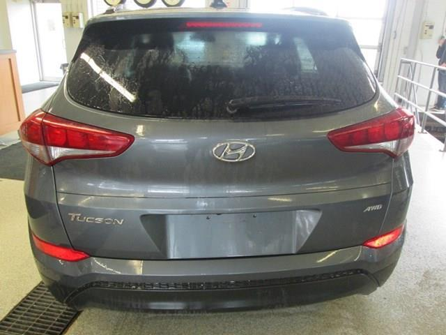 2018 Hyundai Tucson SE 2.0L (Stk: M2647) in Gloucester - Image 4 of 20