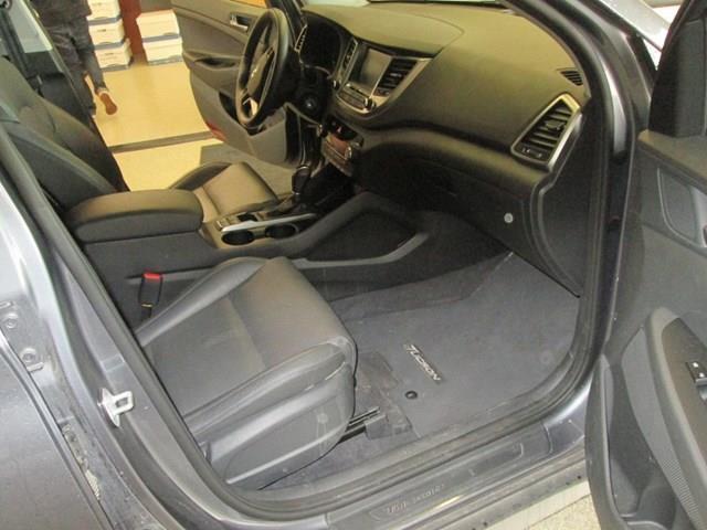 2018 Hyundai Tucson SE 2.0L (Stk: M2647) in Gloucester - Image 15 of 20
