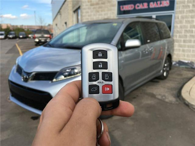 2019 Toyota Sienna AWD SE TECHNOLOGY PACKAGE (Stk: 42125) in Brampton - Image 2 of 30