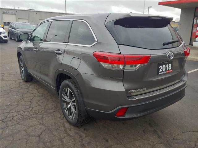 2018 Toyota Highlander LE (Stk: P0054830) in Cambridge - Image 8 of 14