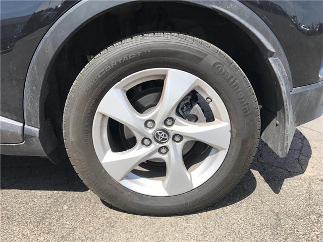 2018 Toyota C-HR XLE (Stk: P0054730) in Cambridge - Image 8 of 13
