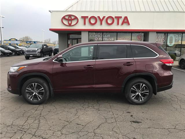 2018 Toyota Highlander LE (Stk: P0055030) in Cambridge - Image 1 of 14