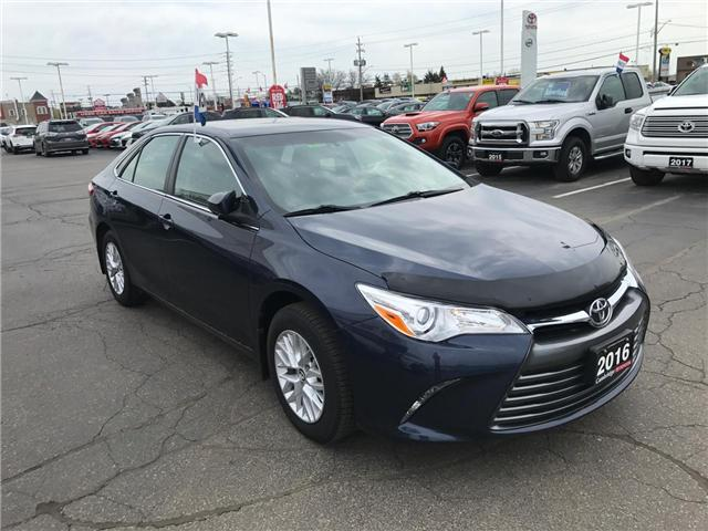 2016 Toyota Camry  (Stk: 1906901) in Cambridge - Image 4 of 13