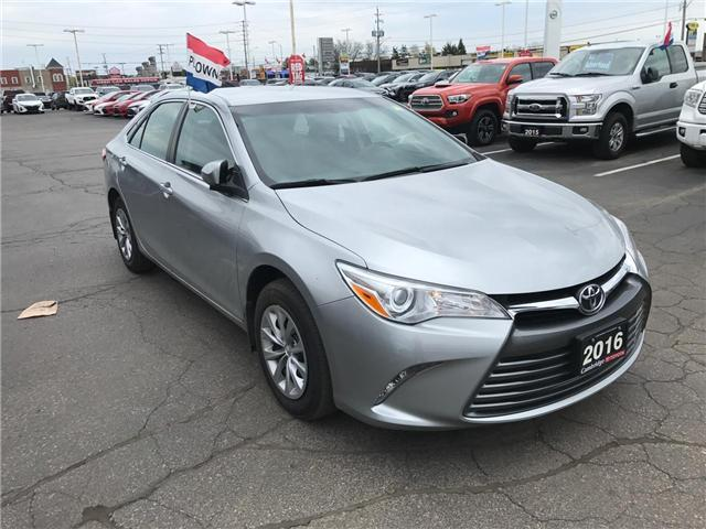 2016 Toyota Camry  (Stk: 1906651) in Cambridge - Image 4 of 13