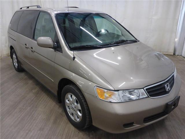 2003 Honda Odyssey EX-L (Stk: 19060308) in Calgary - Image 1 of 25