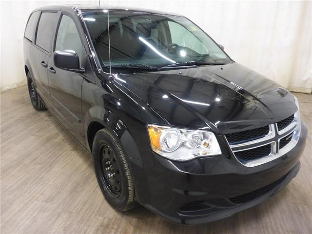 2015 Dodge Grand Caravan SE/SXT (Stk: 19060844) in Calgary - Image 1 of 25