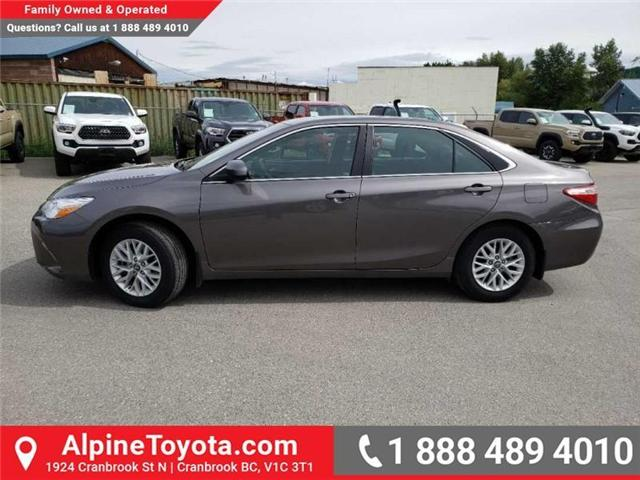 2017 Toyota Camry LE (Stk: U769008) in Cranbrook - Image 2 of 14