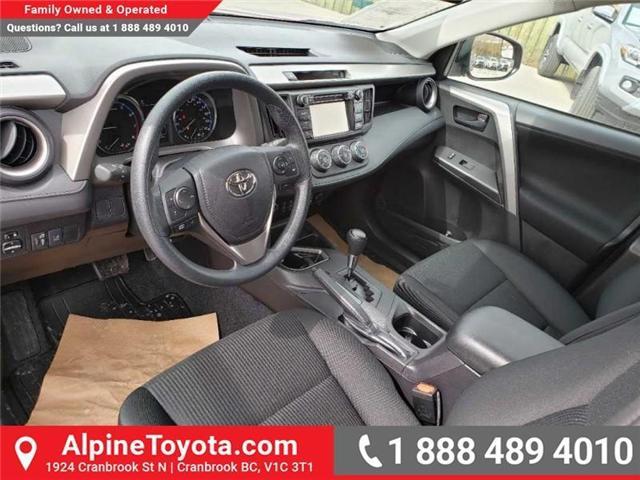 2018 Toyota RAV4 LE (Stk: W501208) in Cranbrook - Image 9 of 16