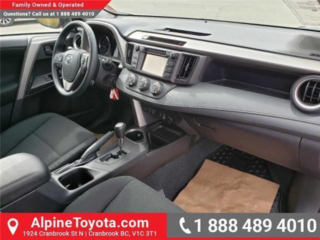 2018 Toyota RAV4 LE (Stk: W501208) in Cranbrook - Image 11 of 16