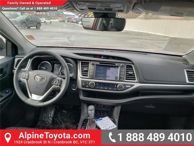 2019 Toyota Highlander XLE (Stk: S960925) in Cranbrook - Image 10 of 15