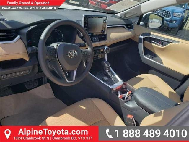 2019 Toyota RAV4 Hybrid Limited (Stk: W001666) in Cranbrook - Image 9 of 17